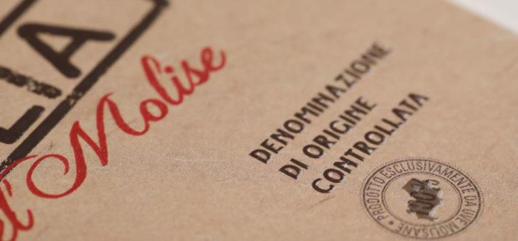 Etichette per vino in bobina: buoni motivi per stamparle online