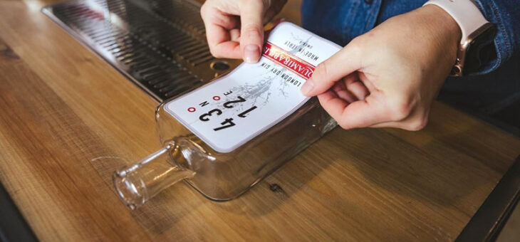 Etichette per bottiglie: le scelte di qualità dell'Anonima Distillazioni